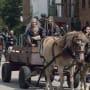 The King & Queen - The Walking Dead Season 9 Episode 11