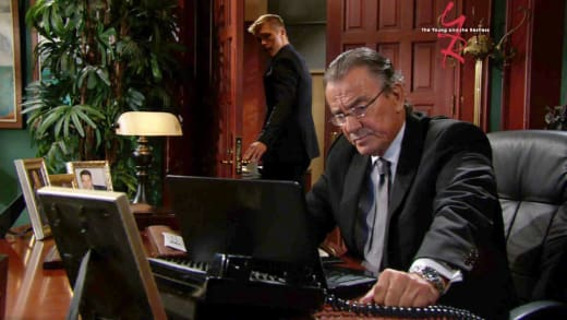 Grooming Travis - The Young and the Restless