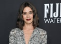Castle Rock: Lizzy Caplan Cast as Young Annie Wilkes for Misery-Themed Season 2