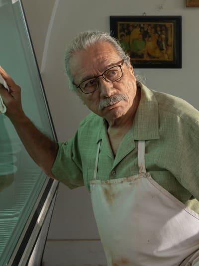 Felipe Cleans the Store - Mayans M.C. Season 3 Episode 5