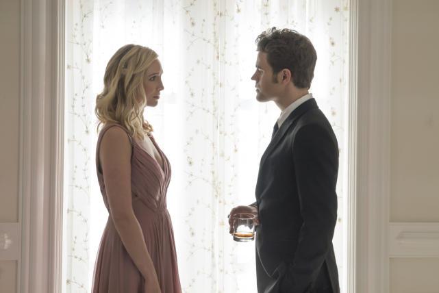 Stefan returns to mystic falls the vampire diaries season 8 epis