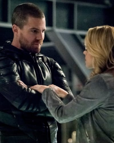 Olicity  - Arrow Season 7 Episode 19