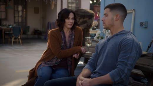 Go Through a Couple - Kingdom Season 3 Episode 4
