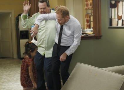 Watch Modern Family Season 3 Episode 4 Online