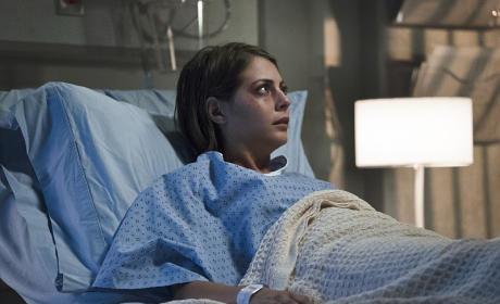 Sitting Up in Fear - Arrow Season 4 Episode 5