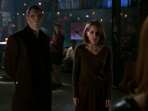 Undercover Surprise - Buffy the Vampire Slayer Season 3 Episode 16