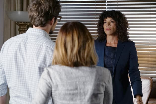If Looks Could Kill - Pretty Little Liars Season 6 Episode 12
