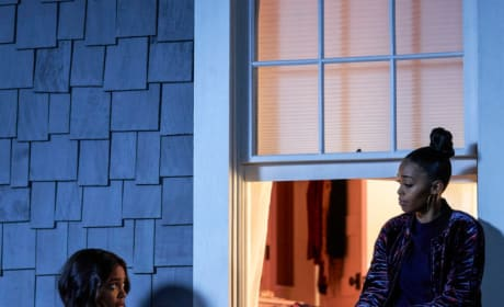 New Hero On The Block - Black Lightning Season 2 Episode 15