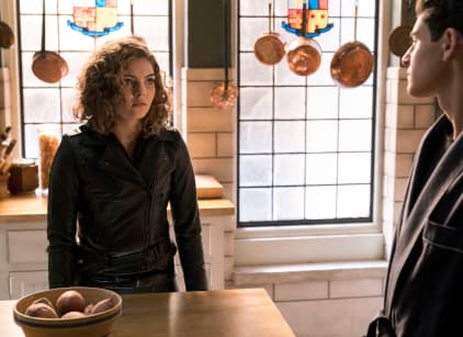 Watch Gotham Season 4 Episode 15 Online