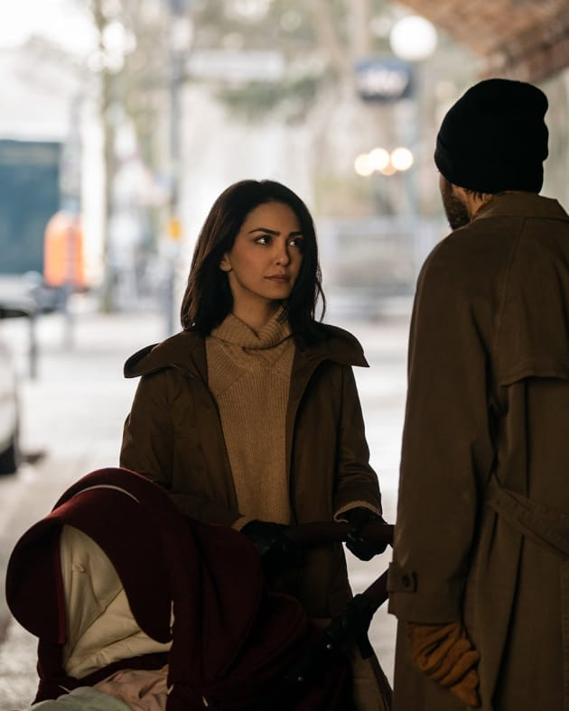 Mother of the Year - Counterpart Season 2 Episode 1