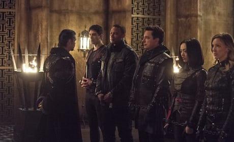 Rank and File - Arrow Season 3 Episode 22