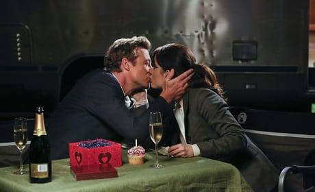 It's Jane's Birthday - The Mentalist