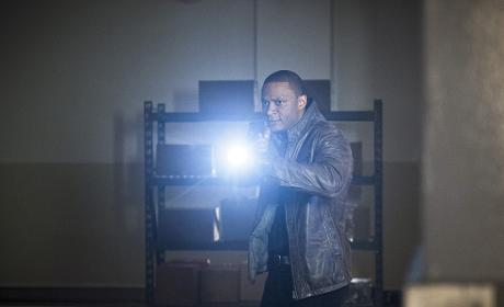 Finding the light - Arrow Season 4 Episode 20