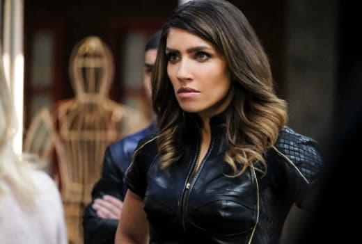 Dinah Annoyed - Arrow Season 6 Episode 12