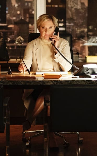 Faye Makes Some Calls - Suits Season 9 Episode 6