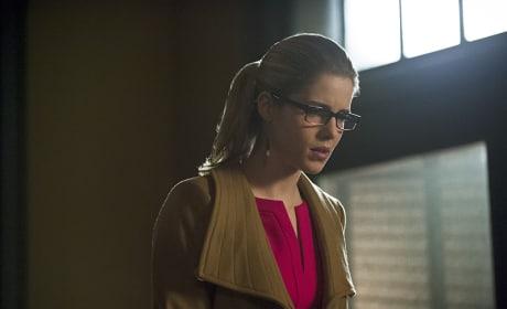 Alone - Arrow Season 3 Episode 18