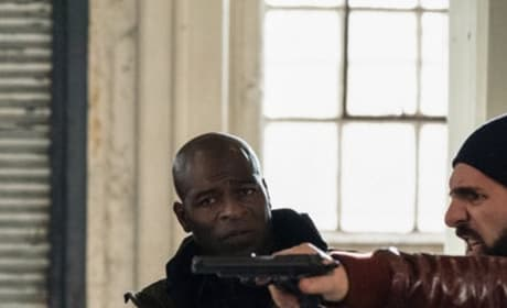 Dembe in the Middle - The Blacklist Season 6 Episode 16