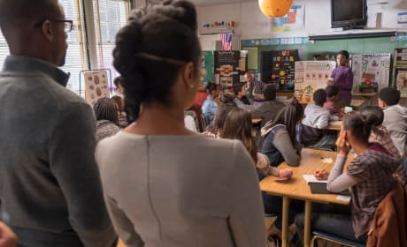 Beth and Randall Support Deja in Class - This Is Us Season 2 Episode 10