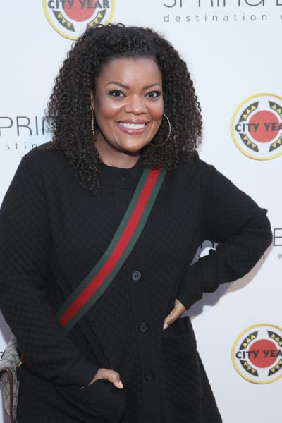 Yvette Nicole Brown Smiles