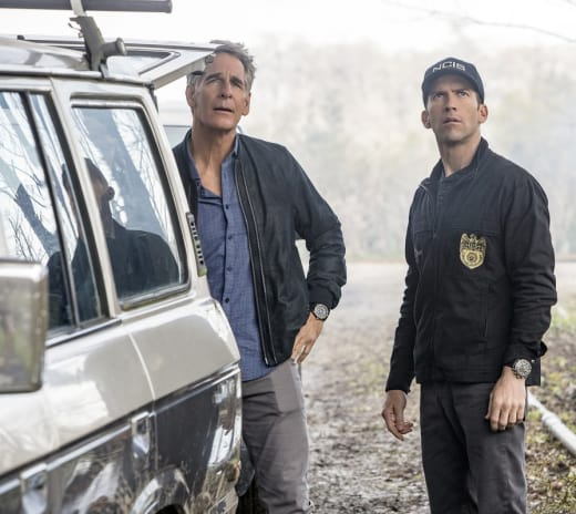 Missing Lawyer - NCIS: New Orleans Season 3 Episode 16