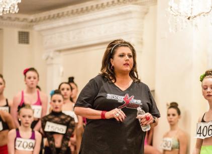 Watch Dance Moms Season 4 Episode 3 Online