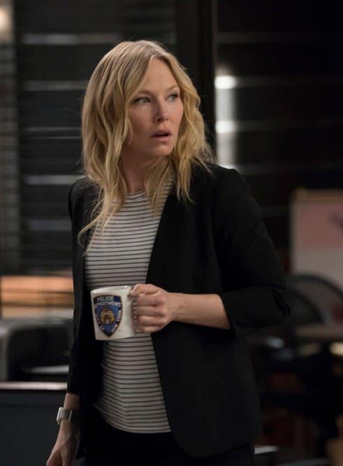Rollins Refuels - Law & Order: SVU Season 20 Episode 20