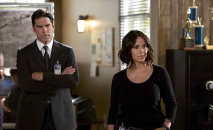 Criminal Minds Boss Talks Jennifer Love Hewitt Addition, Stomach-Turning Cases To Come