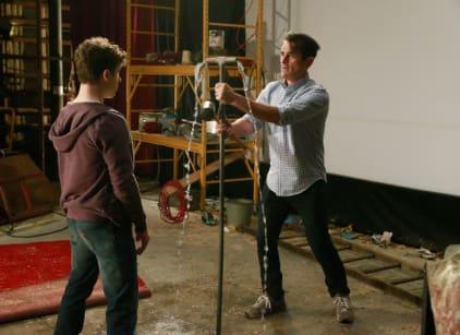 Watch Modern Family Season 6 Episode 23 Online