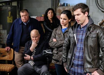 Watch Brooklyn Nine-Nine Season 6 Episode 18 Online