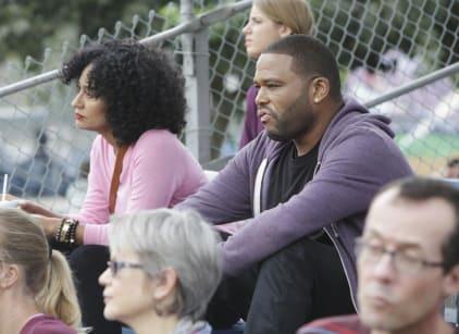 Watch black-ish Season 1 Episode 9 Online