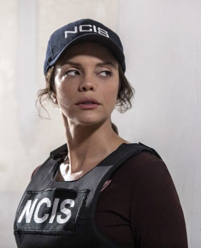 Teaming Up Again - NCIS: New Orleans Season 4 Episode 3