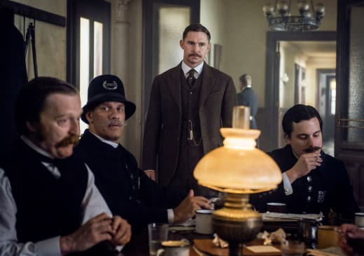 Running Interference - The Alienist Season 1 Episode 5