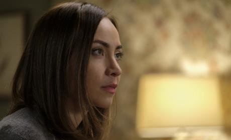 Kelly listens to Castiel - Supernatural Season 12 Episode 19