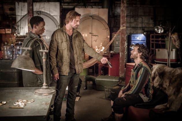 Solomon Under the Gun - Colony Season 2 Episode 2
