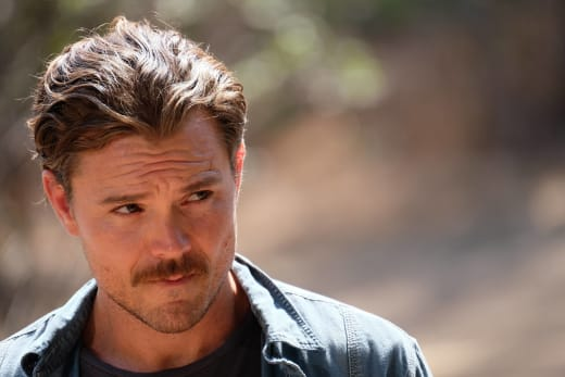Up Close and Personal - Lethal Weapon Season 1 Episode 5
