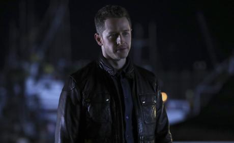 David's coming around - Once Upon a Time Season 6 Episode 12