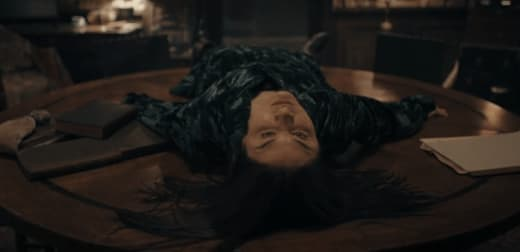 Satu in Trouble - A Discovery of Witches Season 1 Episode 4
