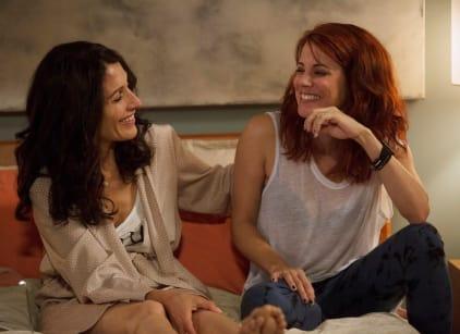 Watch Girlfriends' Guide to Divorce Season 1 Episode 8 Online
