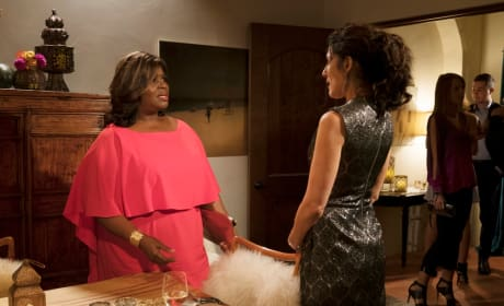 Is This Going to Get Ugly? - Girlfriends' Guide to Divorce Season 4 Episode 1