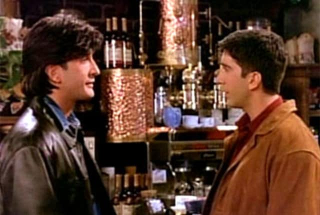 Watch Friends Season 2 Episode 10 Online - TV Fanatic