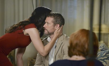 Does David Have Any Idea - Revenge Season 4 Episode 6
