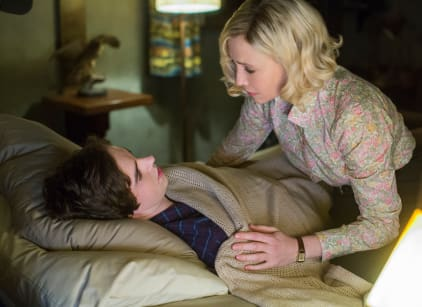 Watch Bates Motel Season 3 Episode 3 Online