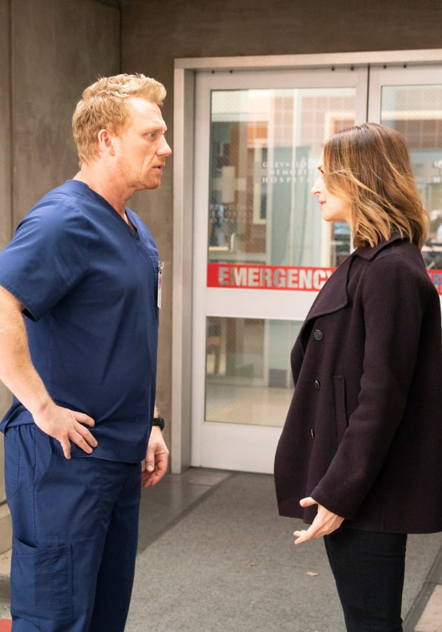 Worried Parental Figures - Tall - Grey's Anatomy Season 15 Episode 13