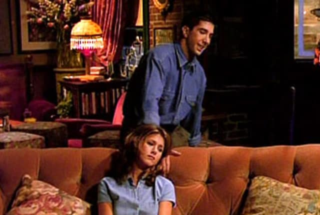 Watch Friends Season 1 Episode 2 Online - TV Fanatic