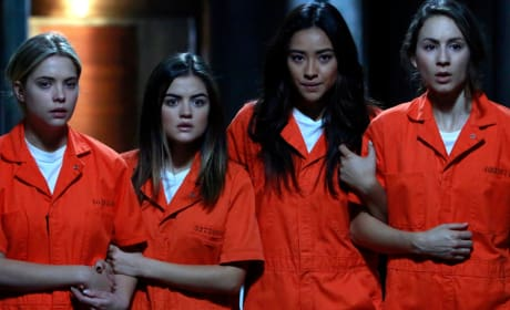 Grade the Pretty Little Liars Season 5 finale.