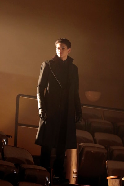 Bruce Meets His Nemesis - Gotham Season 5 Episode 7