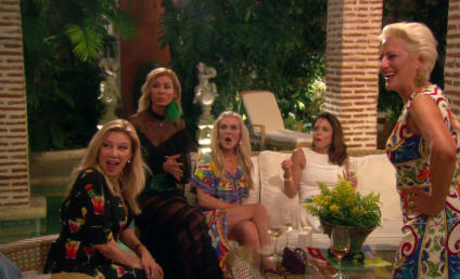 Watch The Real Housewives of New York City Online: Wigging Out