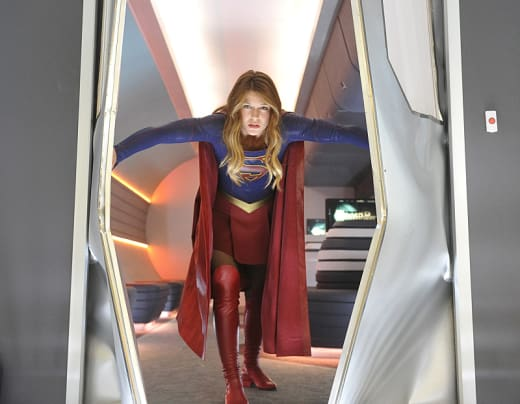 A Series of Bombings - Supergirl