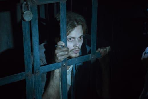 Castle Rock Premiere Image Season 1 Episode 1
