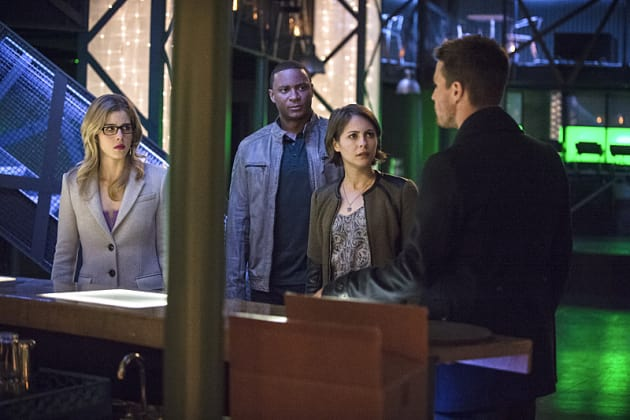 Bad News - Arrow Season 3 Episode 19